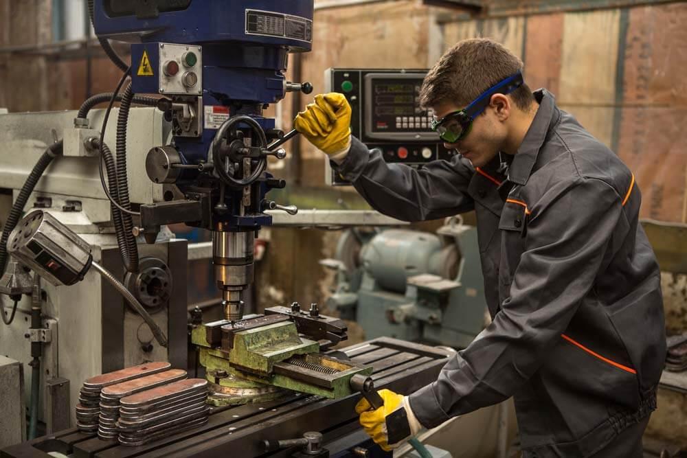 Fertigungs- und Werkzeugmaschinen